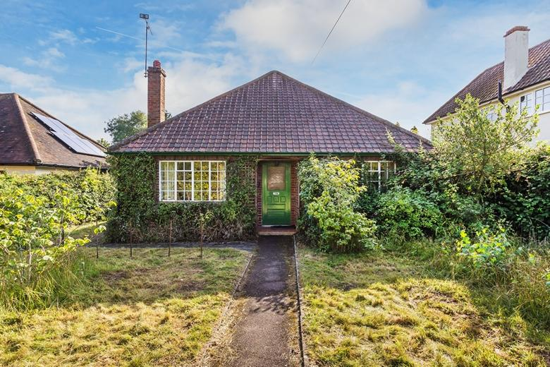 Detached Bungalow for sale in West Horsley