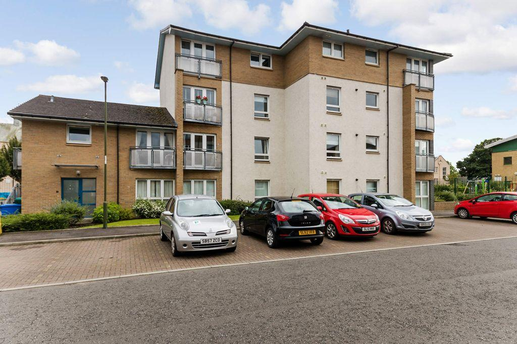 2 Bedrooms Flat for sale in 35/5 Stenhouse Gardens, Stenhouse, EH11 3LS