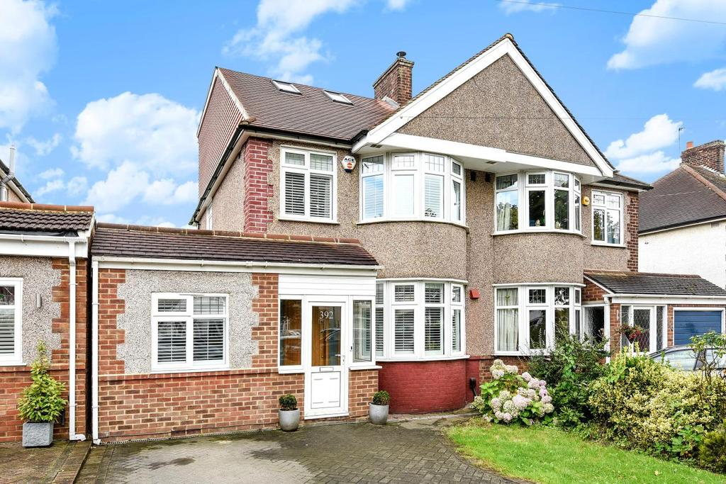 4 Bedrooms Semi Detached House for sale in Southborough Lane, Bromley
