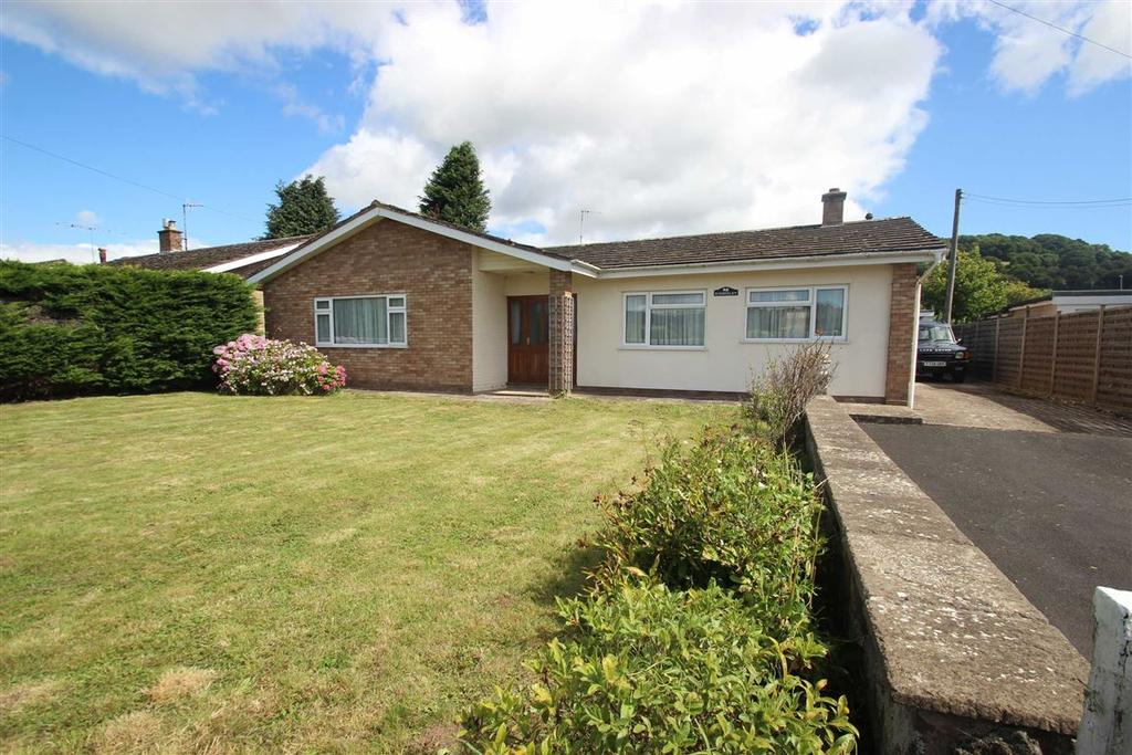 3 Bedrooms Detached Bungalow for sale in Peterchurch, Hererford