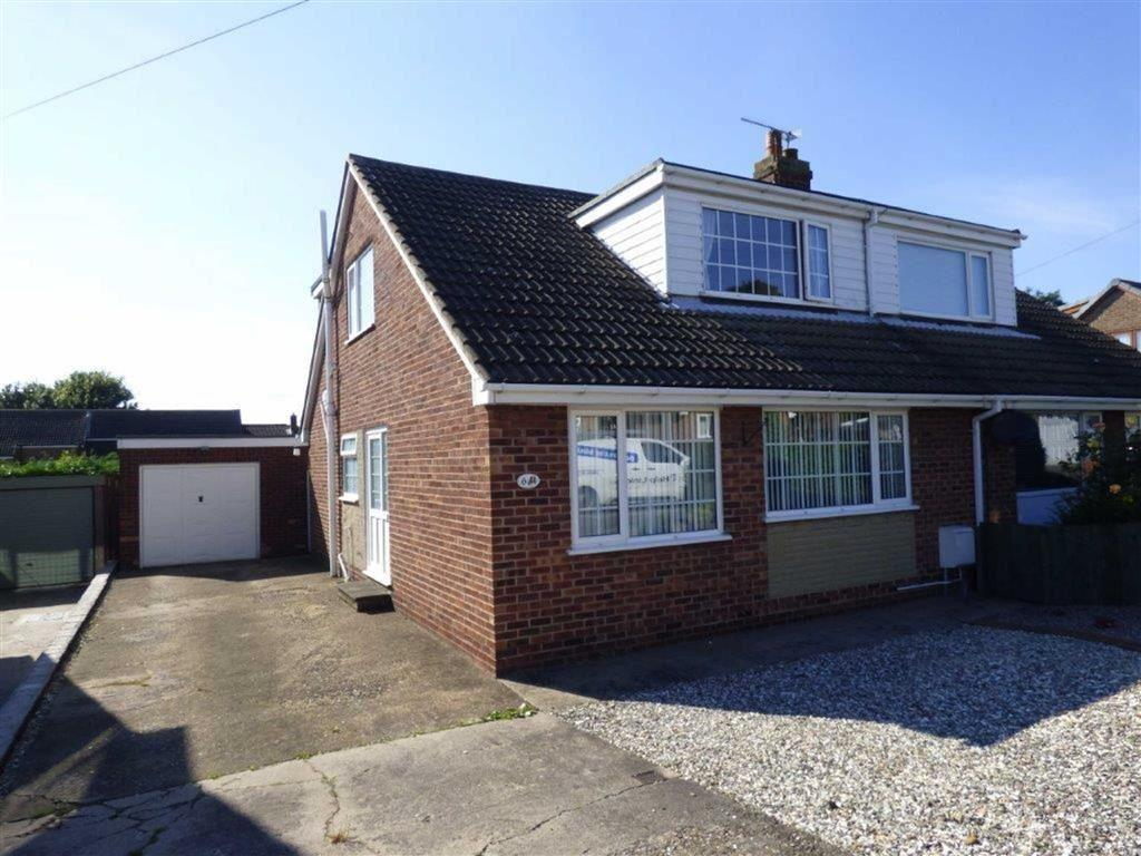 3 Bedrooms Semi Detached Bungalow for sale in Griffiths Way, Keyingham, East Yorkshire, HU12