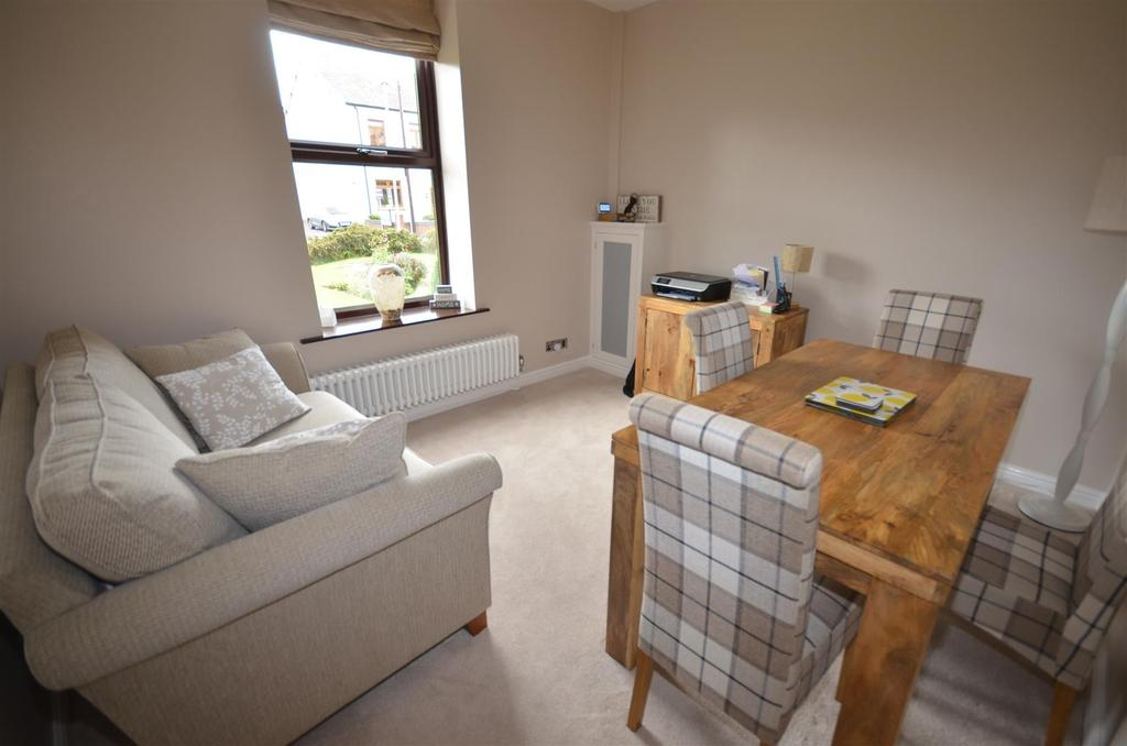2 Bedrooms Terraced House for sale in Crawford Road, Crawford Village, Skelmersdale