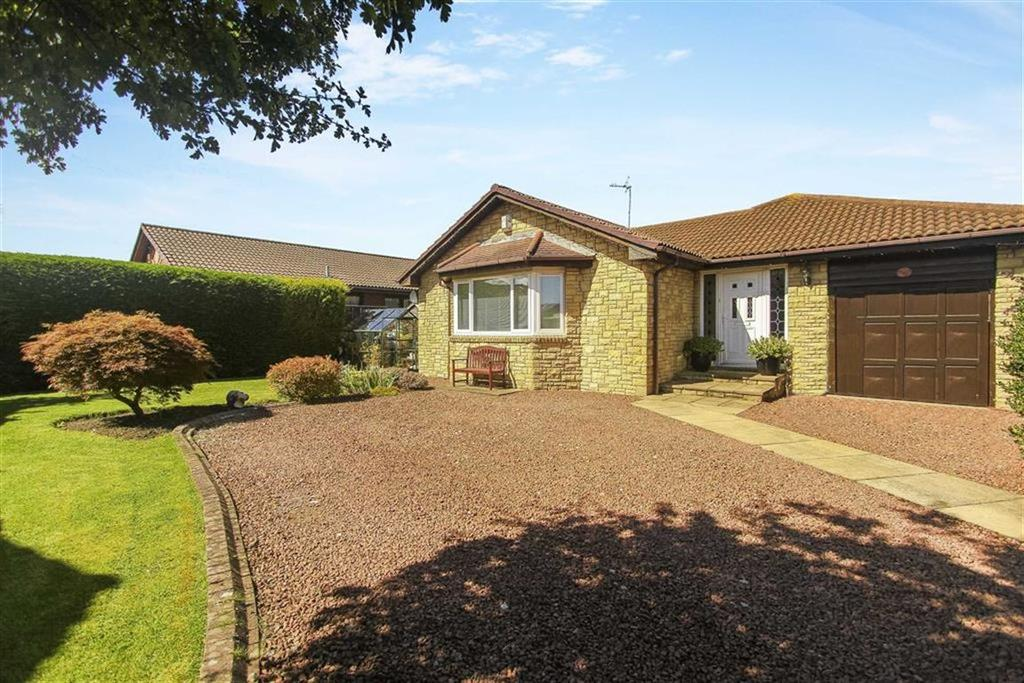 3 Bedrooms Bungalow for sale in Merrington Close, New Hartley, Tyne And Wear