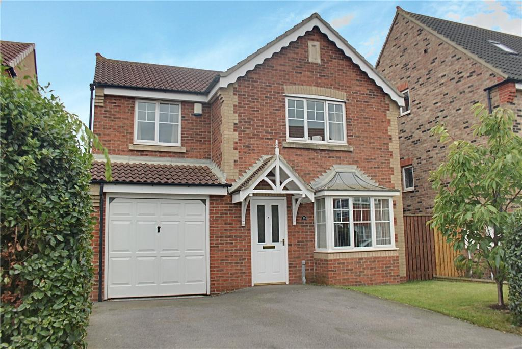 4 Bedrooms Detached House for sale in Bamburgh Court, Ingleby Barwick