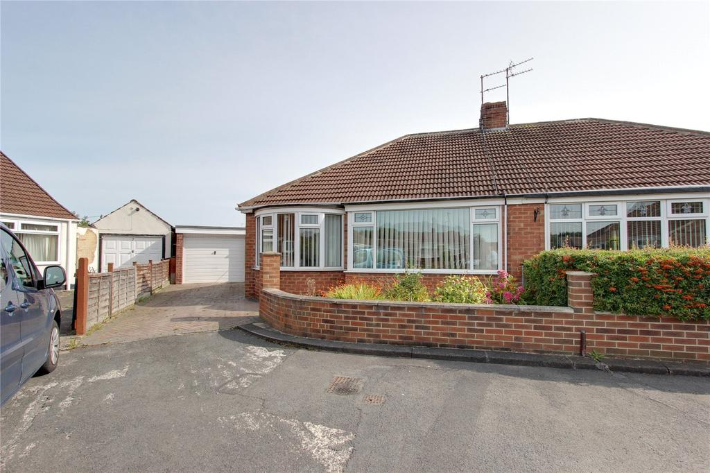 2 Bedrooms Detached Bungalow for sale in Evenwood Gardens, Brookfield
