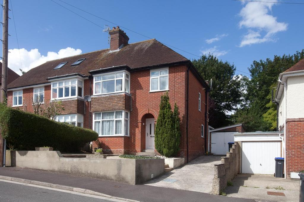 3 Bedrooms Semi Detached House for sale in Francis Way, Salisbury