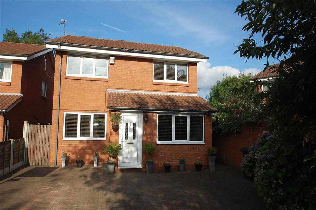 3 Bedrooms Detached House for sale in Suffolk Drive, Wilmslow, Cheshire