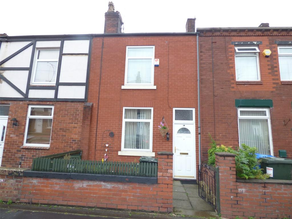 2 Bedrooms Terraced House for sale in North Street, Middleton, Manchester, M24