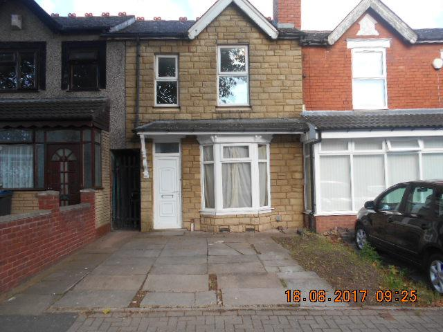 3 Bedrooms Terraced House for sale in Aubrey Road, Small Heath, Birmingham B10