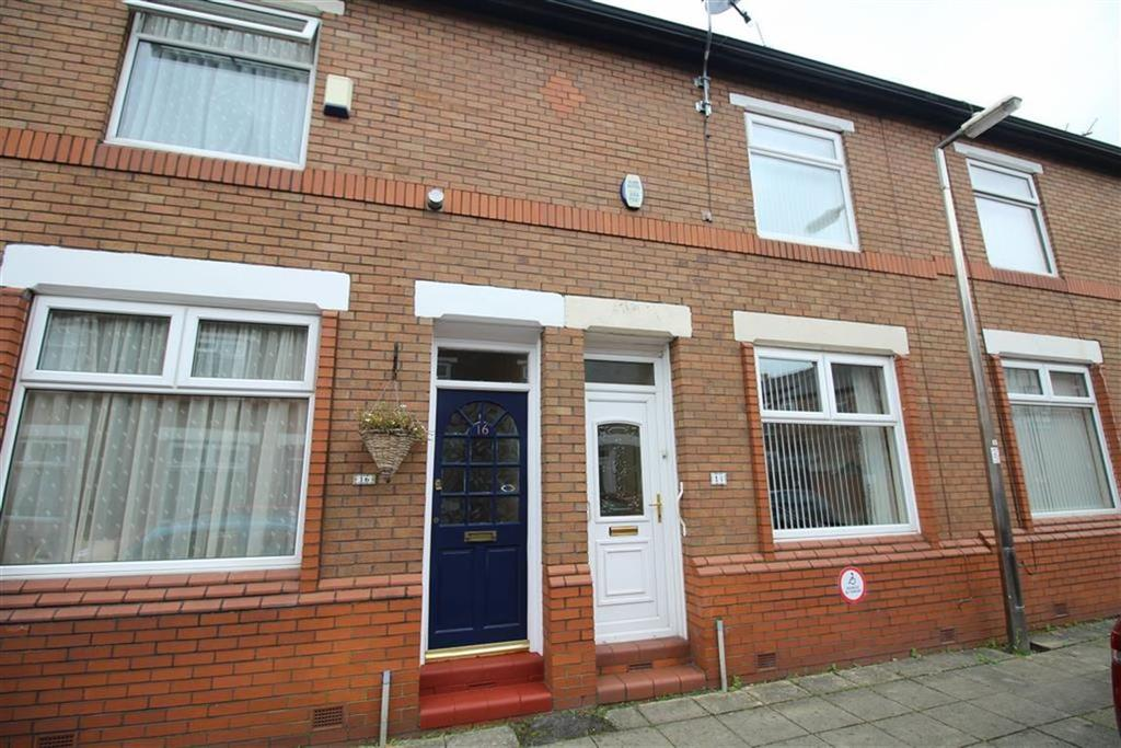 2 Bedrooms Terraced House for sale in Birtles Avenue, Reddish, Stockport