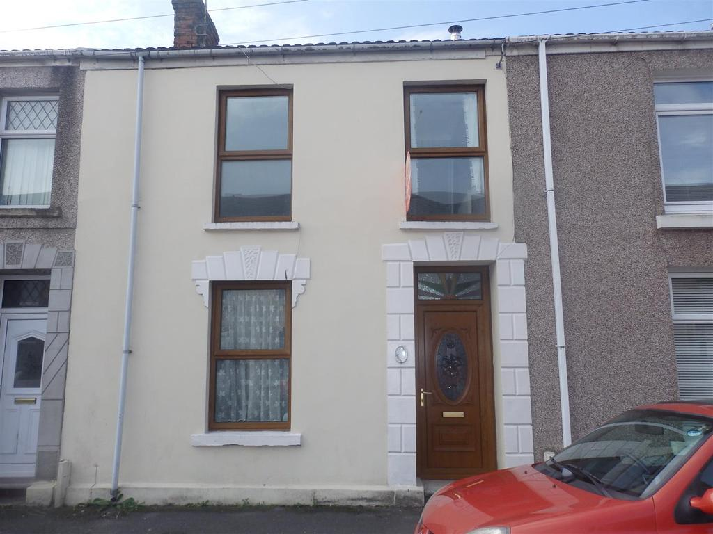 3 Bedrooms Terraced House for sale in High street, Llanelli