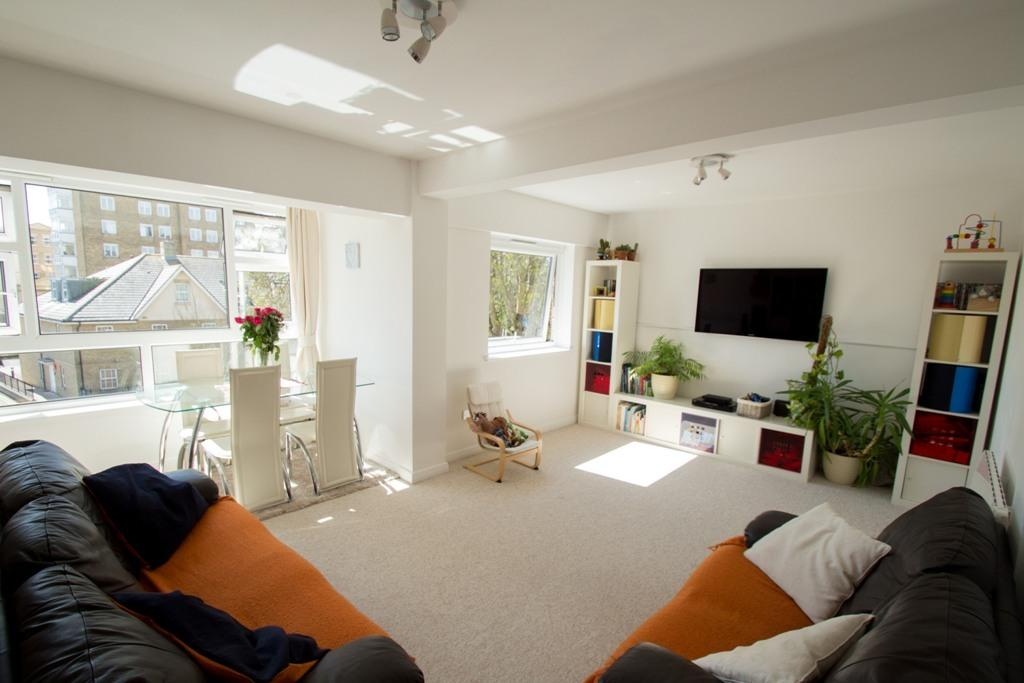 2 Bedrooms Apartment Flat for rent in West Cliff