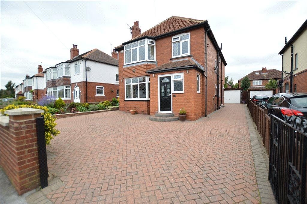 5 Bedrooms Detached House for sale in Cross Gates Lane, Leeds