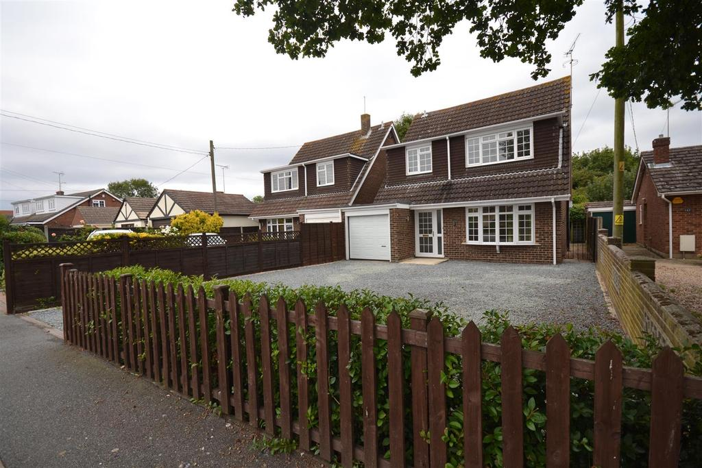 4 Bedrooms Link Detached House for sale in Hullbridge Road, South Woodham Ferrers