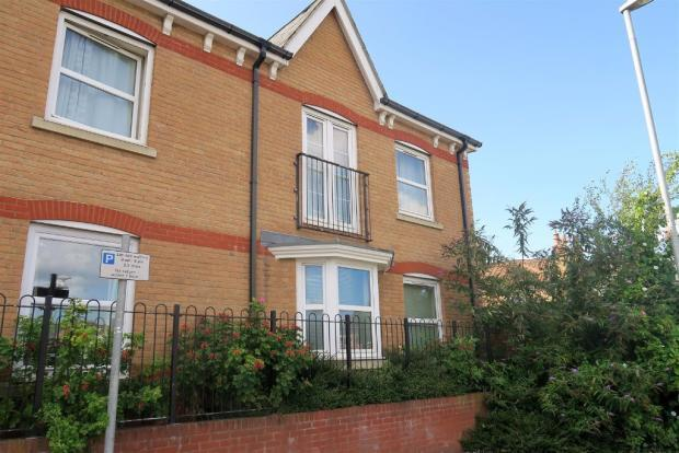 1 Bedroom Ground Flat for sale in Standish Place, Taunton TA1