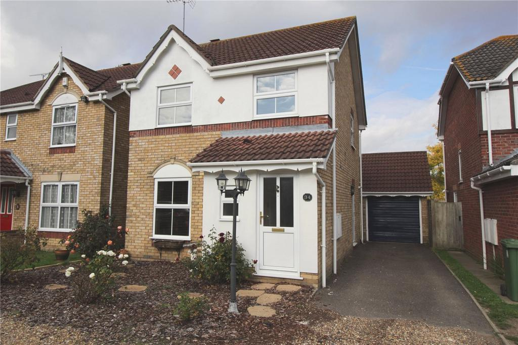 3 Bedrooms Detached House for sale in Lancaster Drive, Langdon Hills, Essex, SS16