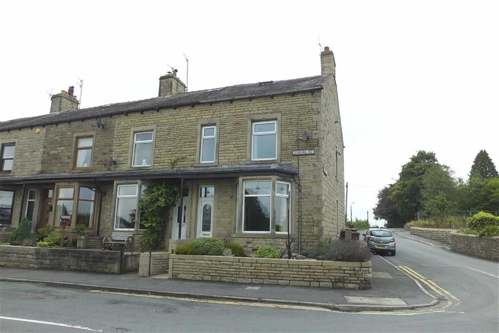 5 Bedrooms End Of Terrace House for sale in Gisburn Road, Barnoldswick, Lancashire, BB18