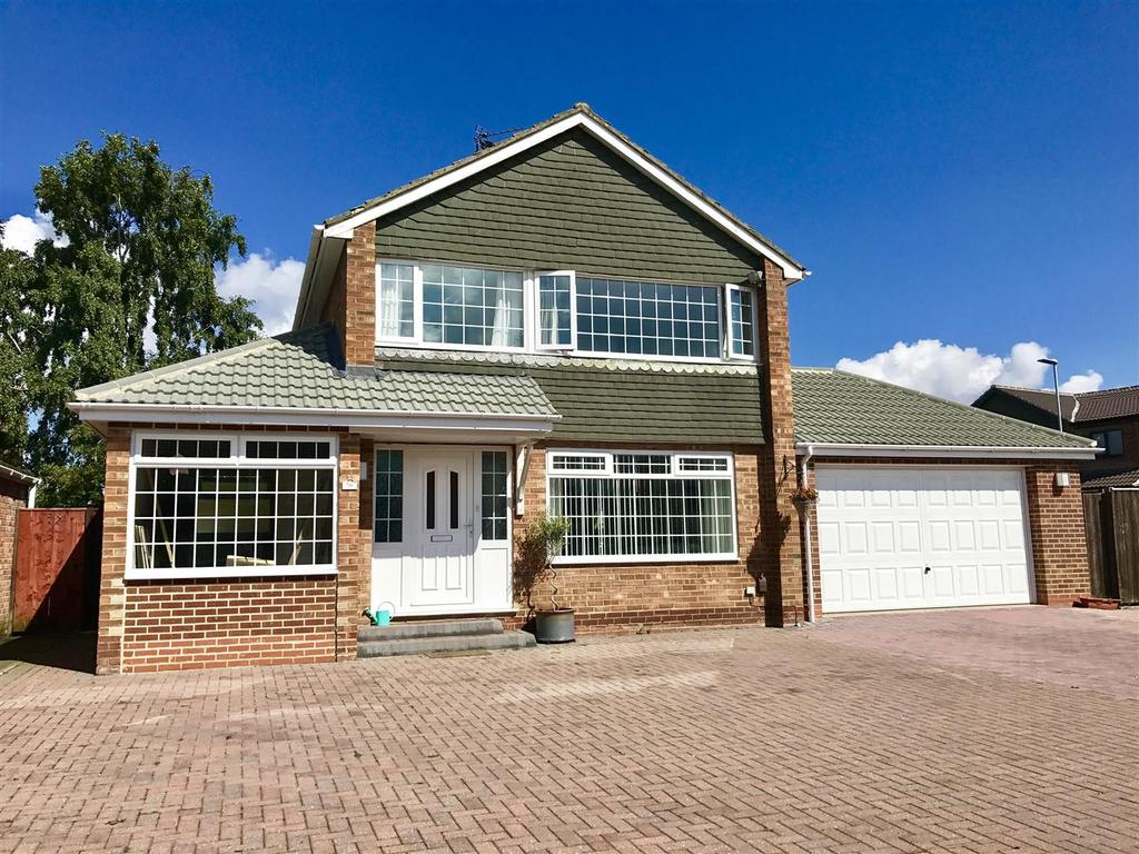 3 Bedrooms Detached House for sale in Greenfield Drive, Eaglescliffe, Stockton-On-Tees