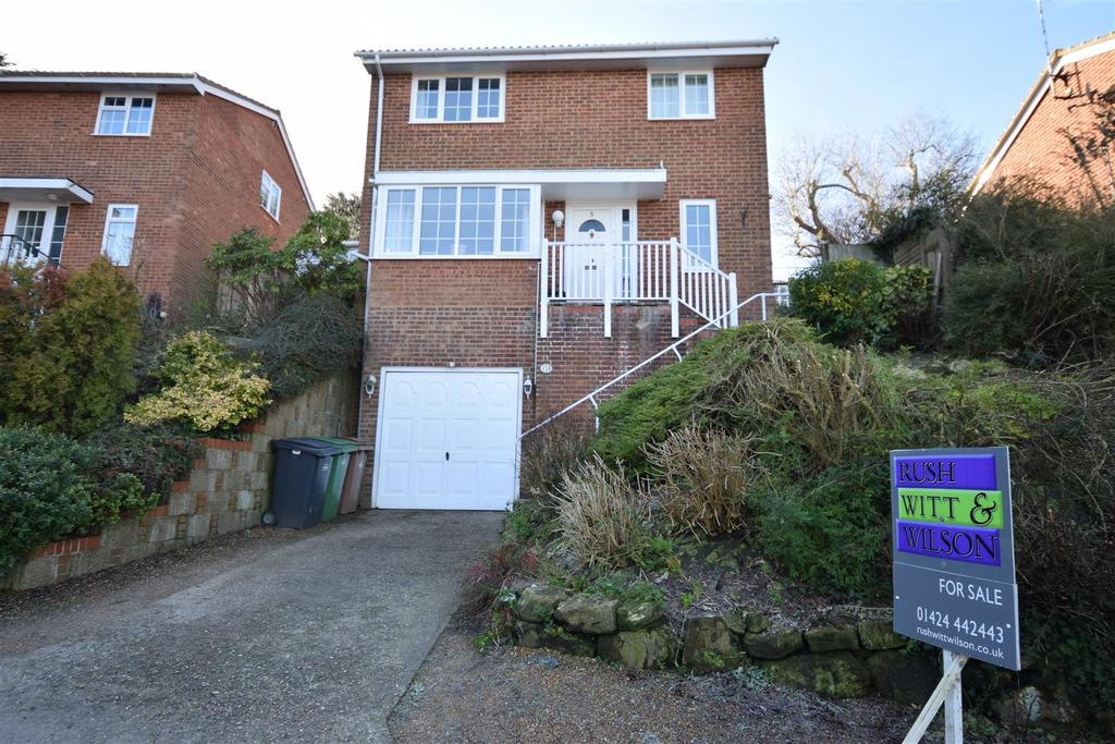 4 Bedrooms Detached House for sale in The Spinney, Hastings