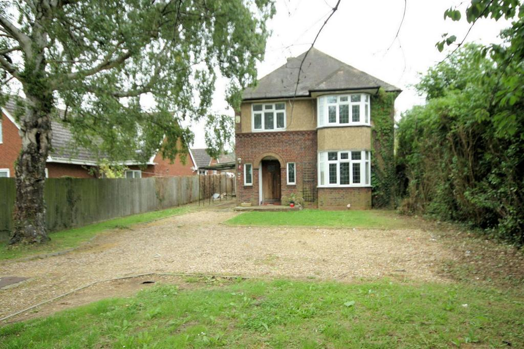 3 Bedrooms Detached House for sale in Warden Hills