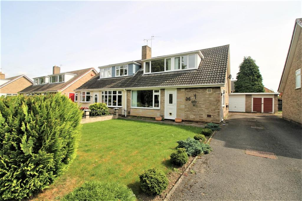 3 Bedrooms Semi Detached House for sale in Thornaby Road, Thornaby, Stockton-On-Tees