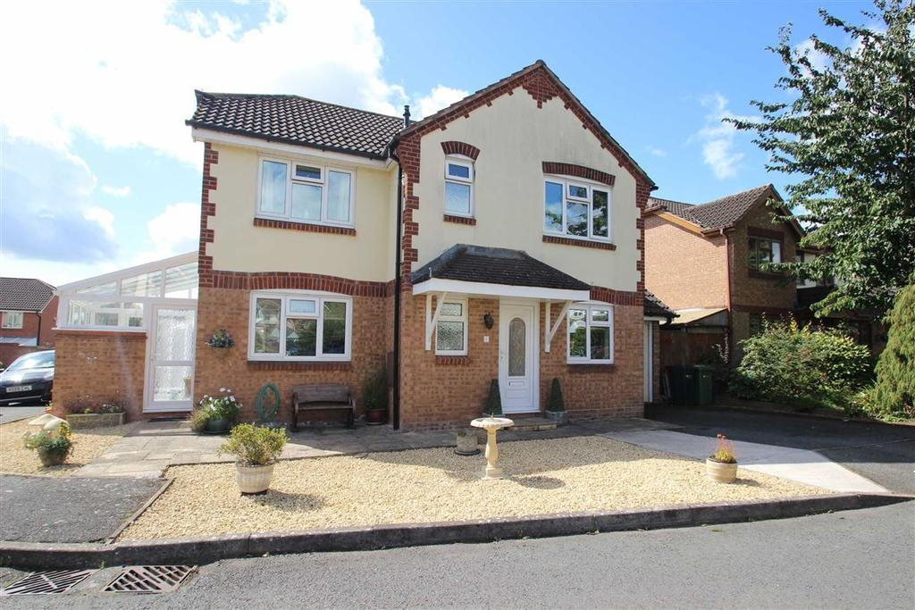 4 Bedrooms Detached House for sale in Belfry Close, Holmer, Hereford
