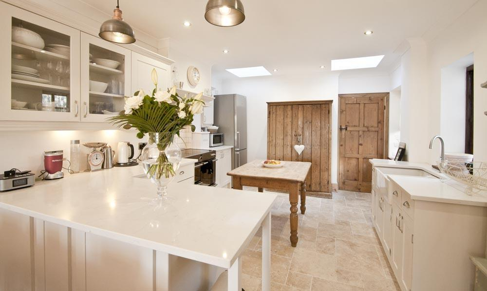 4 Bedrooms Semi Detached House for sale in Slade Road, Newton