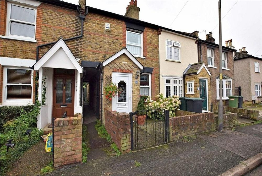 3 Bedrooms Terraced House for sale in Breakspeare Road, ABBOTS LANGLEY, Hertfordshire