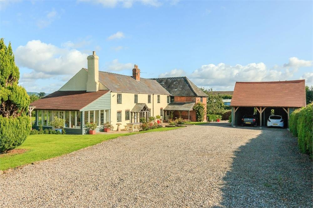 5 Bedrooms Detached House for sale in Kingstone, Herefordshire