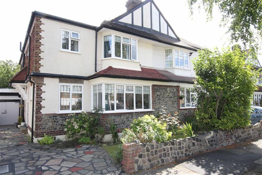 4 Bedrooms Semi Detached House for sale in Great Bushey Drive, Totteridge, London