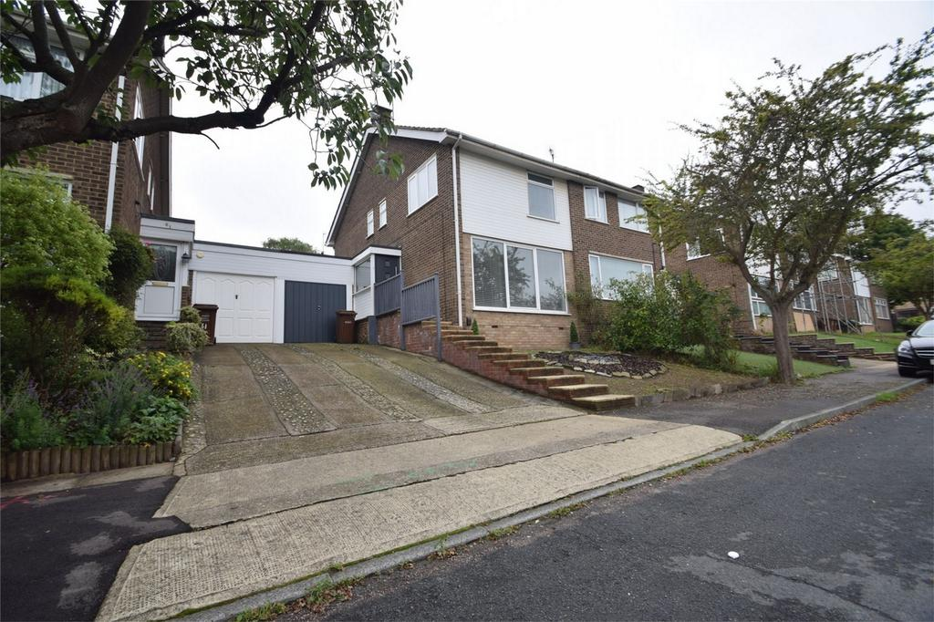 4 Bedrooms Semi Detached House for sale in Sundridge Drive, Walderslade, Kent