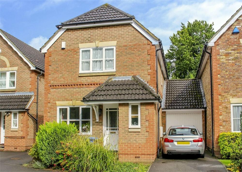 3 Bedrooms Link Detached House for sale in Friendship Way, Bracknell, Berkshire