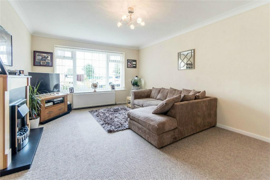 2 Bedrooms End Of Terrace House for sale in Ostlers Close, Copmanthorpe, YORK