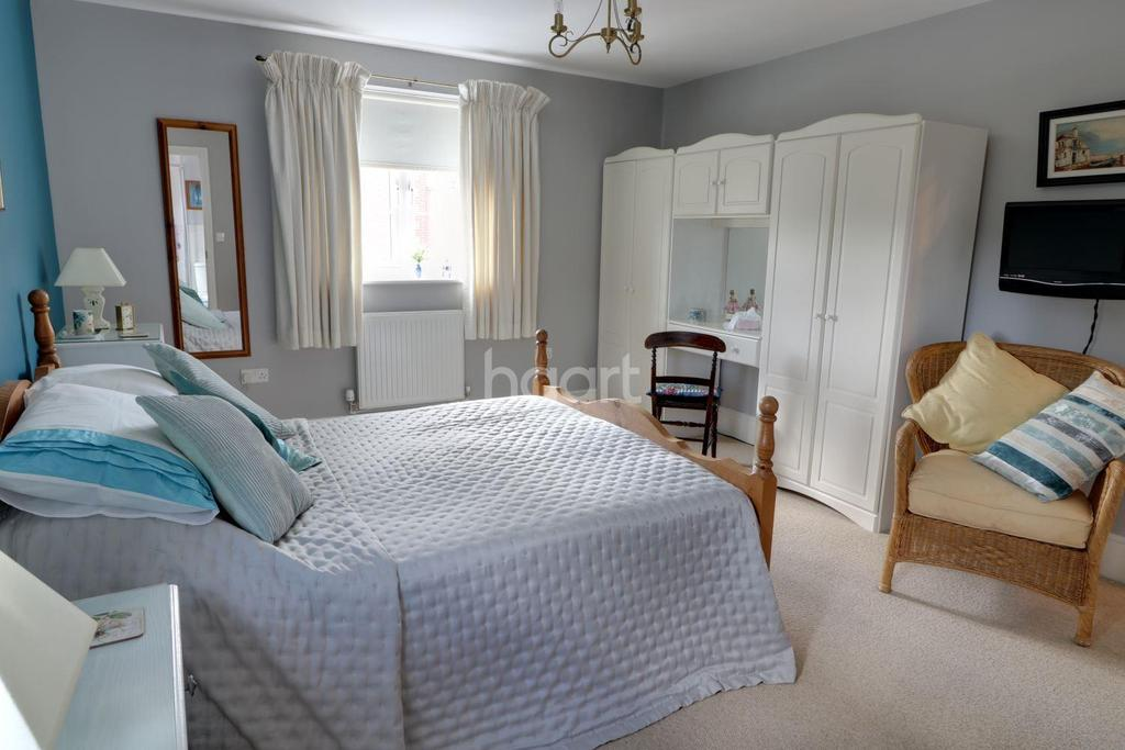 5 Bedrooms Detached House for sale in Lindford, Hampshire