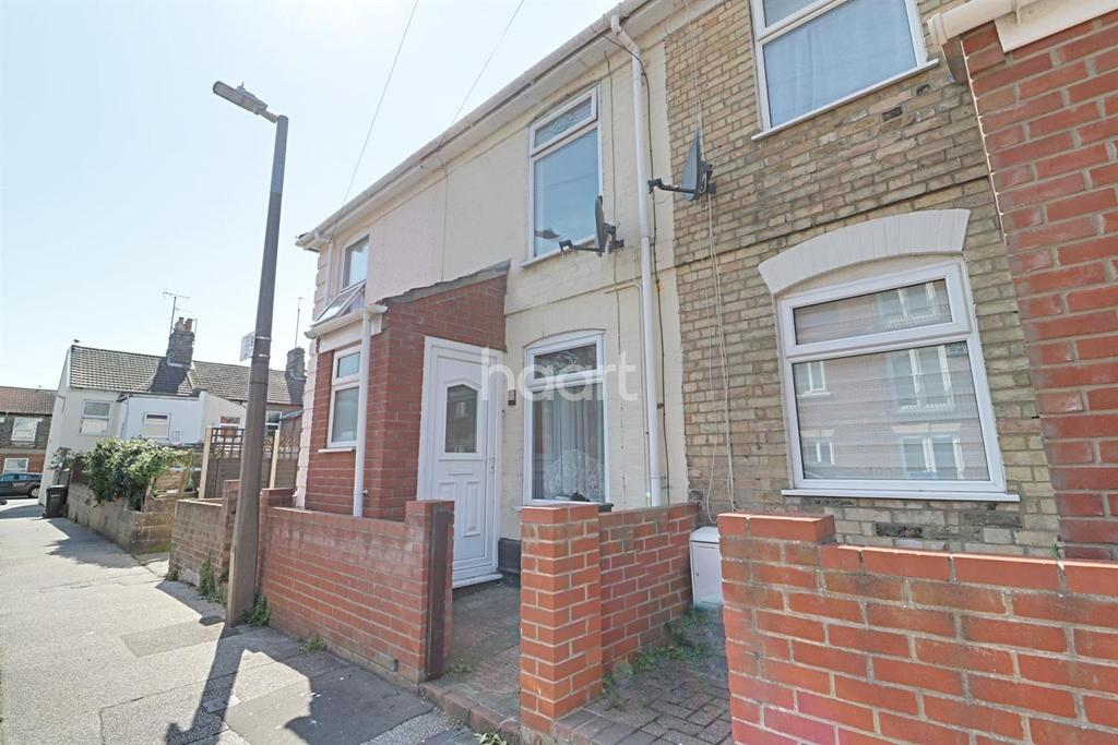 2 Bedrooms Terraced House for sale in Wollaston Road, Lowestoft