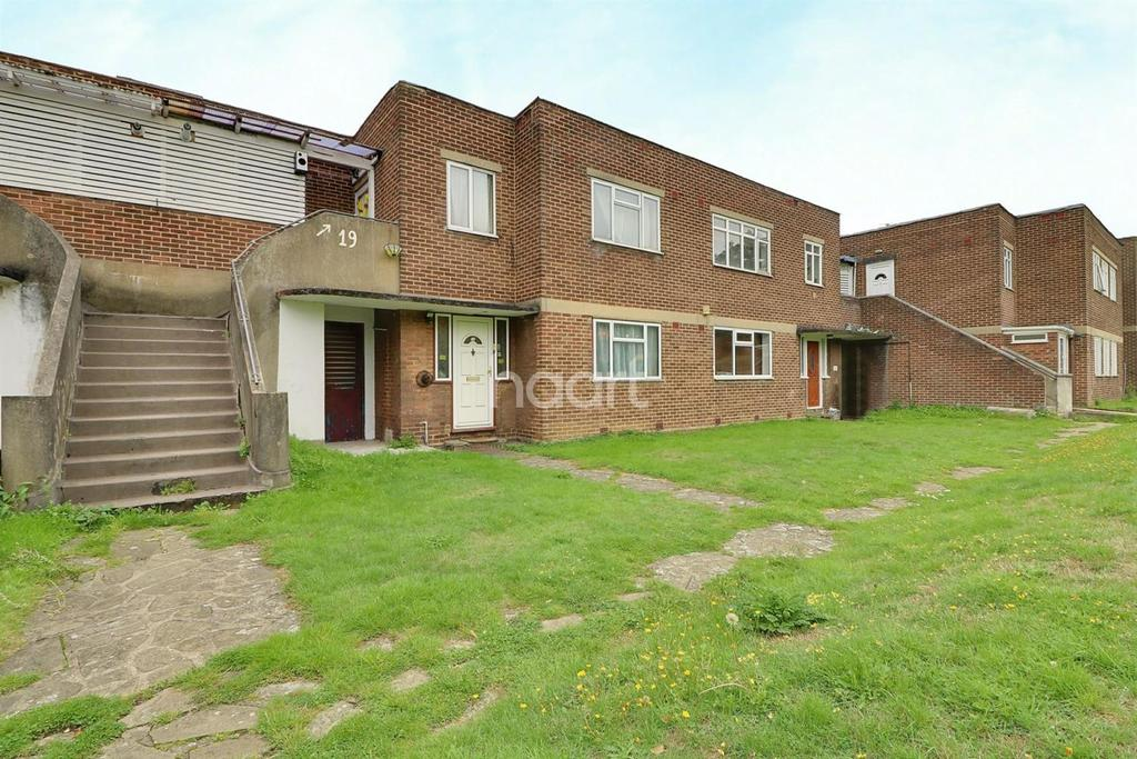 2 Bedrooms Maisonette Flat for sale in South Gardens, Wembley Park