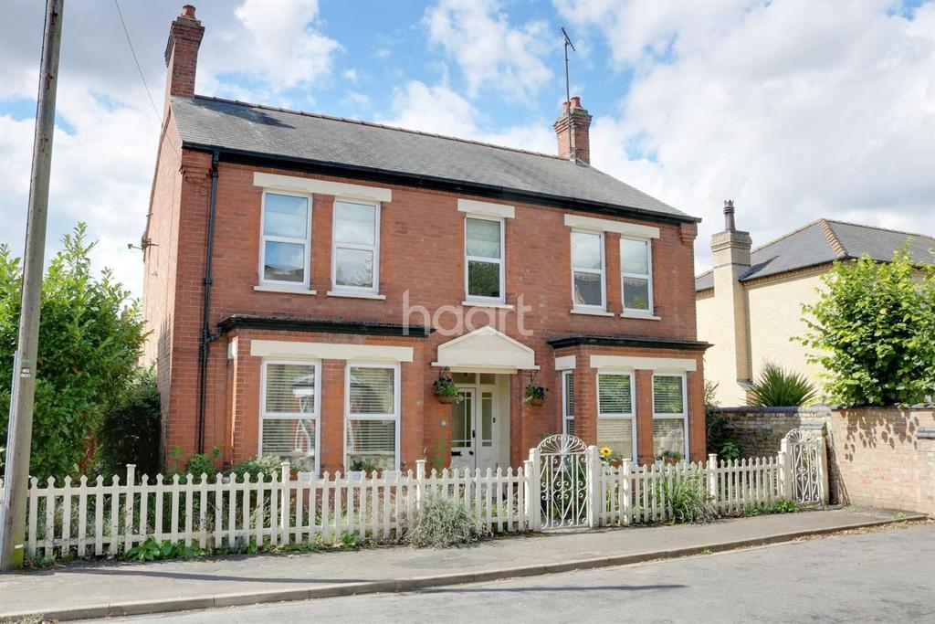 5 Bedrooms Detached House for sale in Princes Road, Wisbech