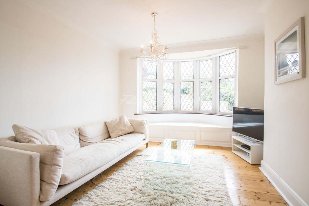 3 Bedrooms Semi Detached House for sale in Condover Crescent, Shooters Hill, SE18