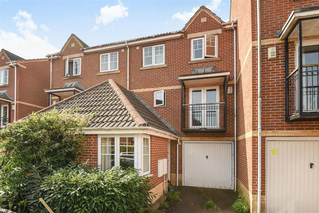 6 Bedrooms Town House for sale in Troy Close, Headington, Oxford