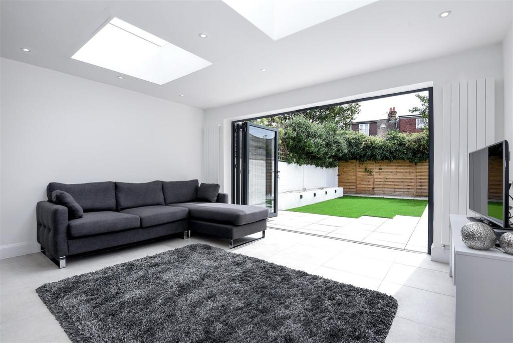 3 Bedrooms House for sale in Shalstone Road, Mortlake