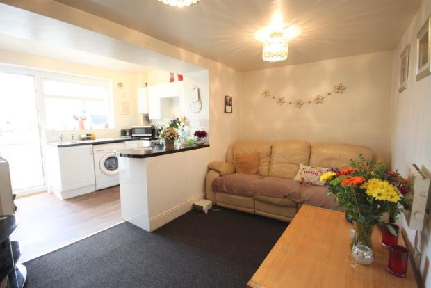 1 Bedroom Ground Flat for sale in Duke Street, Cullompton EX15