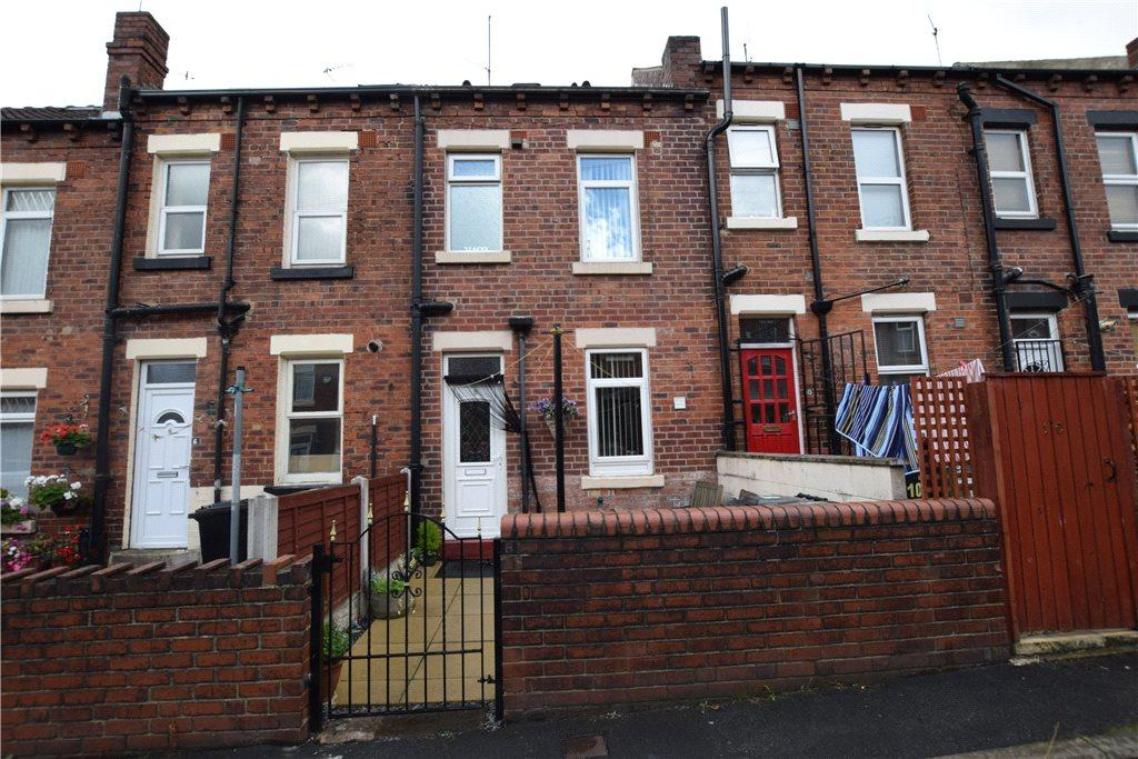 3 Bedrooms Terraced House for sale in Bangor Terrace, Leeds, West Yorkshire