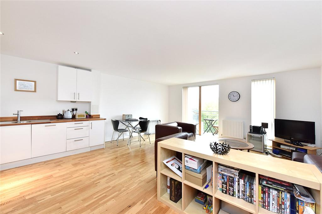 2 Bedrooms Flat for sale in Artesian House, 96 Alscot Road, London, SE1