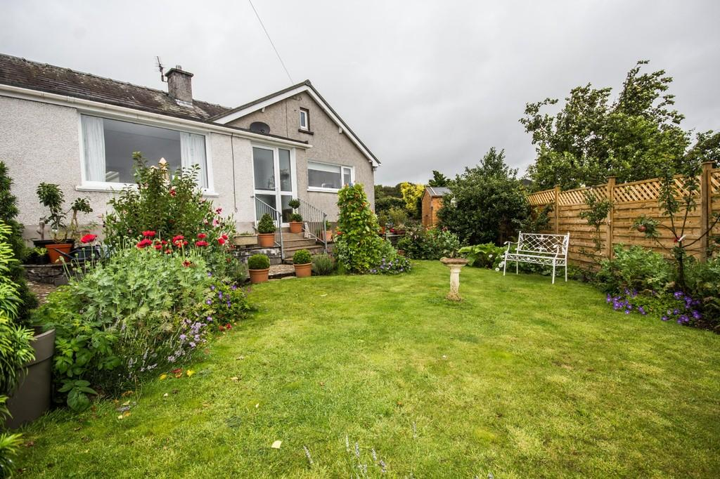 2 Bedrooms Detached Bungalow for sale in Myerscroft, Baycliff, Ulverston