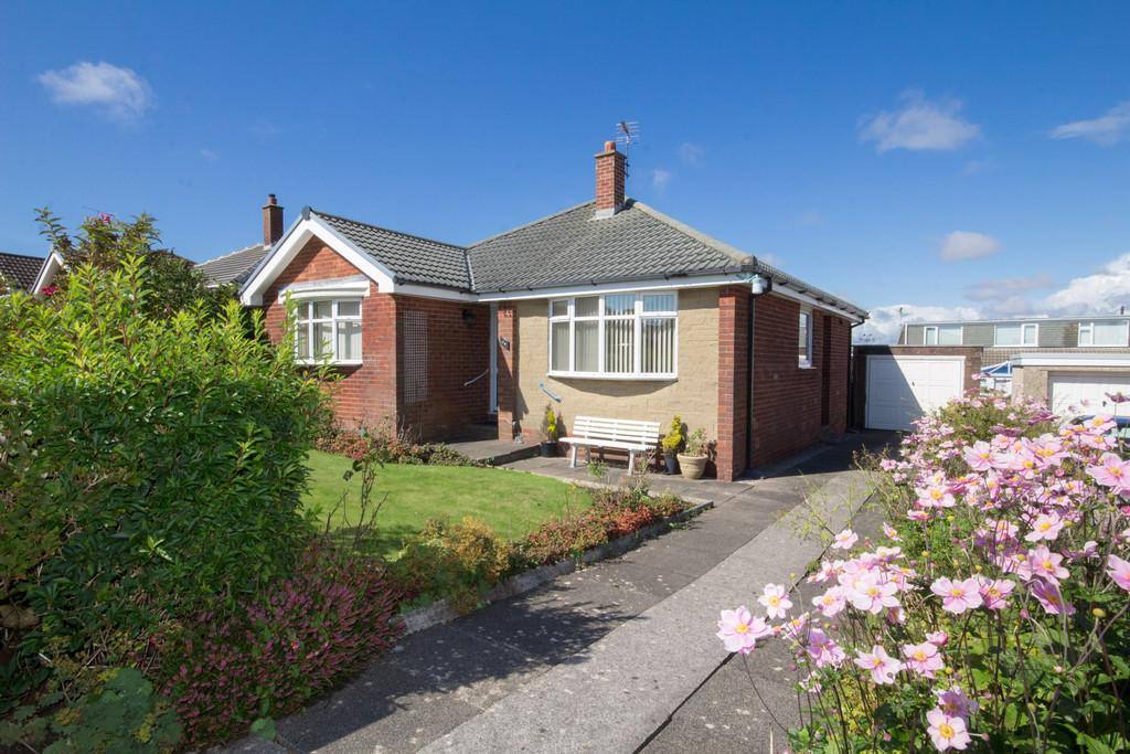 3 Bedrooms Detached Bungalow for sale in Windermere Avenue, Barrow-In-Furness