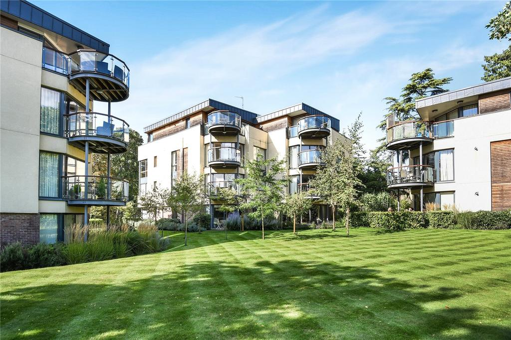 1 Bedroom Apartment Flat for sale in Meridian Gardens, Bury Road, Newmarket, Suffolk, CB8