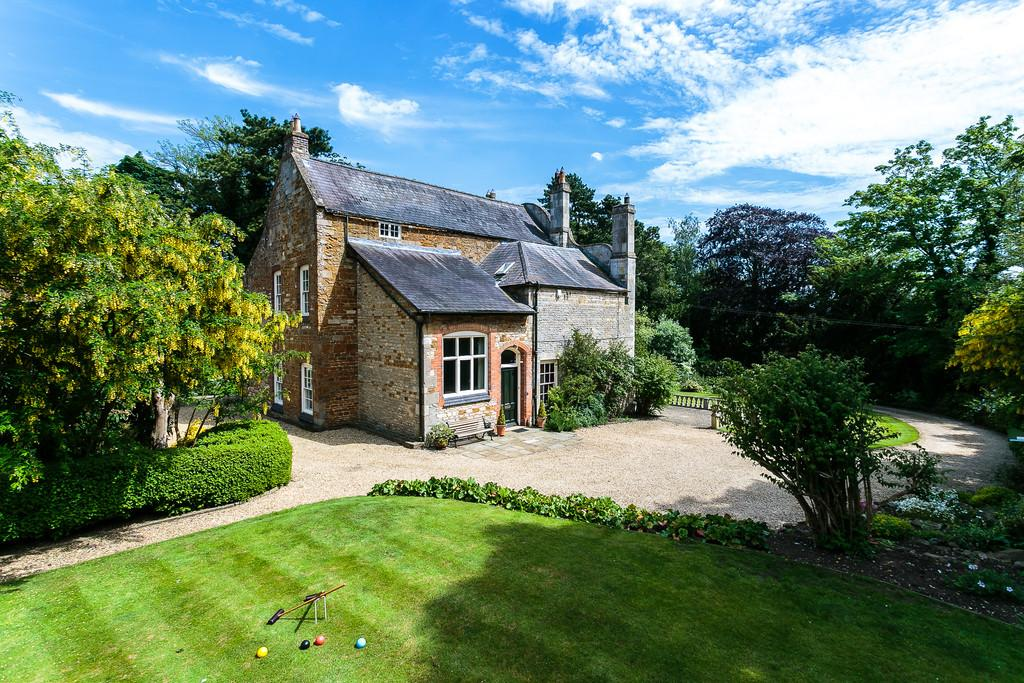 6 Bedrooms Detached House for sale in The Old Rectory, Saxby