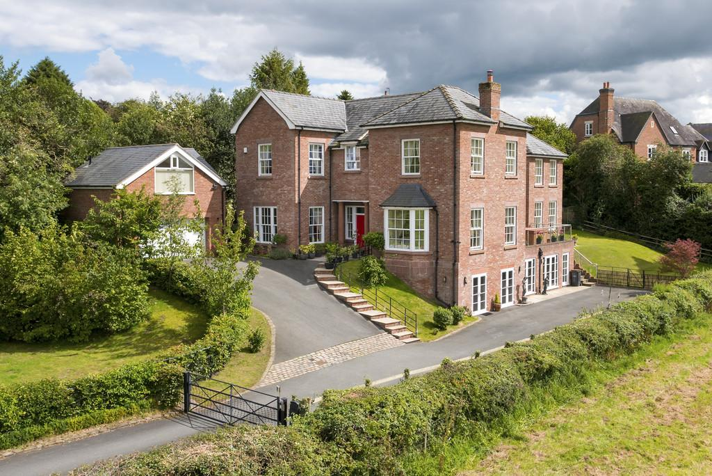 7 Bedrooms Detached House for sale in Betley, Cheshire