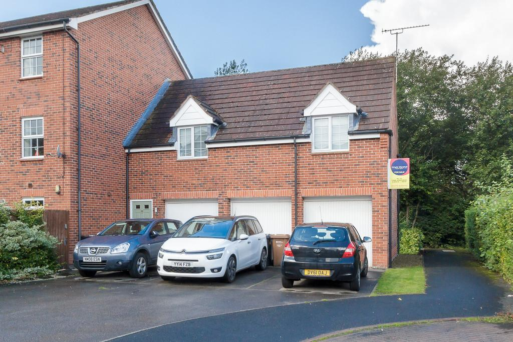 2 Bedrooms Semi Detached House for sale in Stapeley, Cheshire