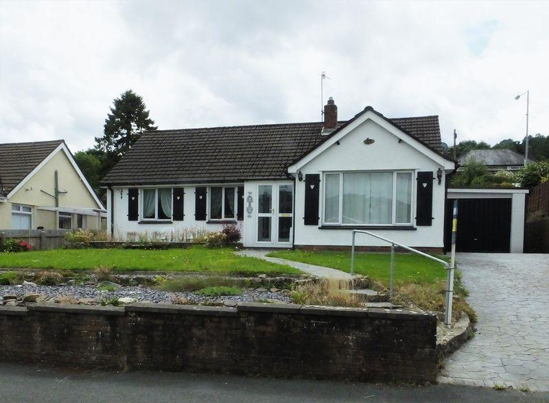3 Bedrooms Detached Bungalow for sale in Broadmead, Abergavenny